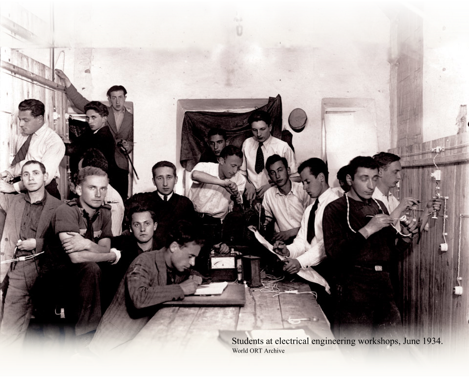 Students at electrical engineering workshops, June 1934.  World ORT Archive